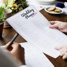 結婚式の披露宴ってどんな構成?基本的な進行